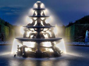 fontaine-de-la-pyramide-versailles